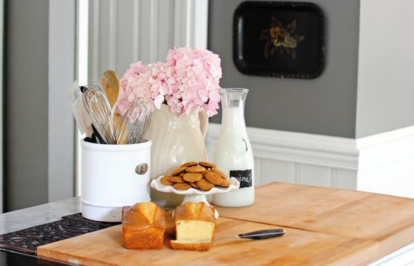 10 Things Every Small Kitchen Needs