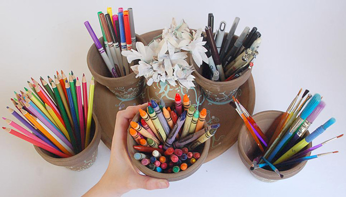 Make a Terra-Cotta Pot School Supplies Organizer