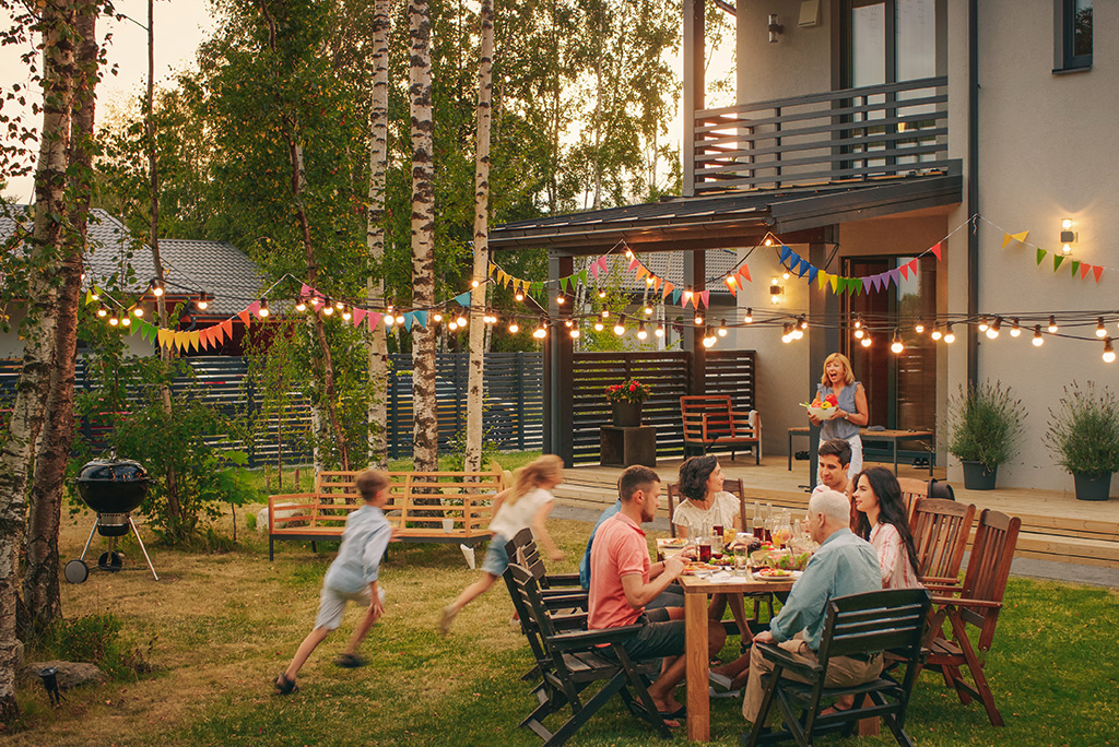 12 Tips for Creating a Backyard Oasis this Summer